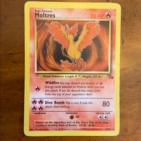 Rare 1995 Moltres Pokémon Card - 27/62 Fossil Set